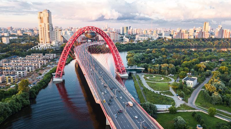 Schiwospiny-Brücke in Moskau