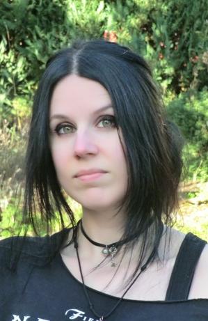 Porträtbild der Autorin